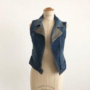 Dolled up denim Vest studs size:XS Timeless